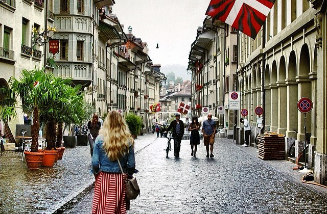 Warblr Photography: Flashback to Bern