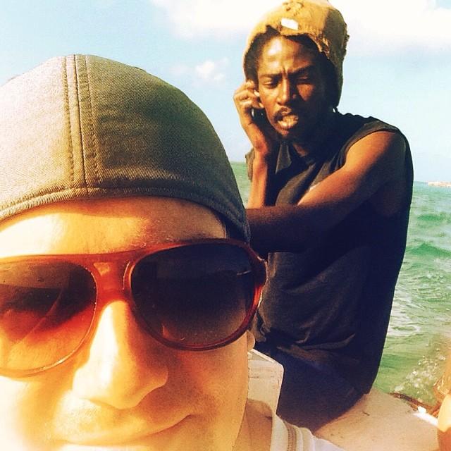 Warblr Photography: Stranded kayakers. Rescue mission underway, Bahamian style. 6pm #captainrichardsaveoursouls #hoorayforgpscoordinates #tookawrongturn #nomoreopenoceankayaking #bilgemuch #stillloveeachother #happy10thbabe!