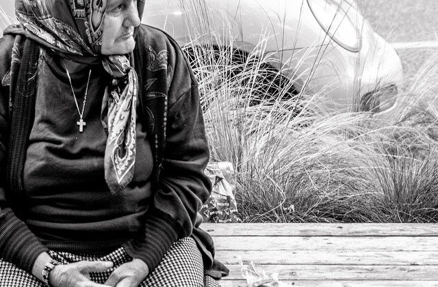 Warblr Photography: Babushka on Robson #originalhipster #vancouverphotography #warblrphotography